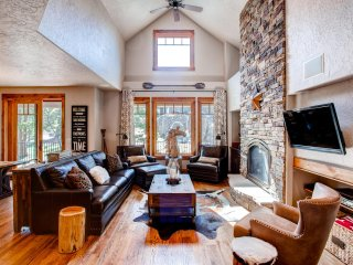 New Listing! 'Tall Pines Lake House' Dazzling 3BR Red Feather Lakes House w/Large Wraparound Deck & Gorgeous Alpine Views - Amazing Lakefront Location! Complimentary Access to Resort Amenities! - Red Feather Lakes vacation rentals