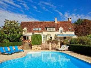 7 bedroom Manor house with Internet Access in Saint-Sauveur-en-Puisaye - Saint-Sauveur-en-Puisaye vacation rentals
