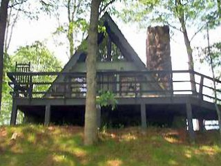Cozy 2 bedroom Dillard Chalet with Internet Access - Dillard vacation rentals