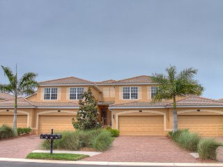 Bright House with Balcony and Garage - Bradenton vacation rentals