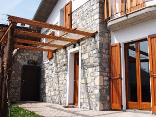 2 bedroom House with Internet Access in Tavernola Bergamasca - Tavernola Bergamasca vacation rentals