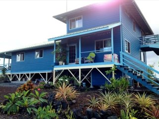 Magical Oasis: closest to lava hike, ocean views! - Kalapana vacation rentals