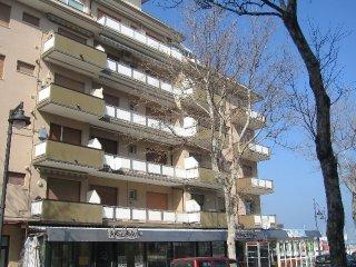 Apartment nr. 06 - Cesenatico Ponente - Rent  One-Bedroom Apartments - Cesenatico vacation rentals