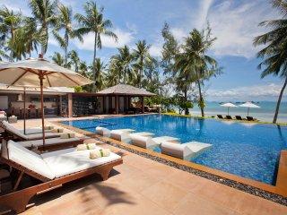 Baan Kilee 8-BR beachfront free-4-kids - Lipa Noi vacation rentals