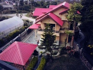 Sojourn :3BHK Gulmohar cottage for up to10 guests - Dharamsala vacation rentals