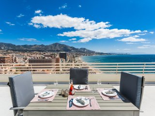 Stunning first line beach penthouse in Fuengirola - Fuengirola vacation rentals