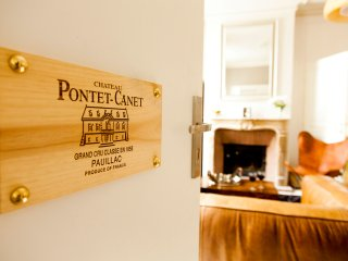 Appartement Château Pontet Canet - Bordeaux vacation rentals