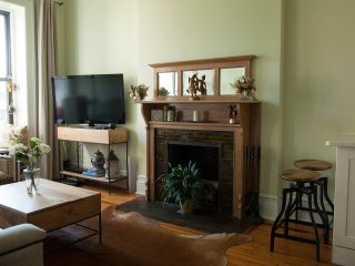 Central Park  1Bedroom Apartment in Gem Upper West Side Brownstone - Great view! - New York City vacation rentals