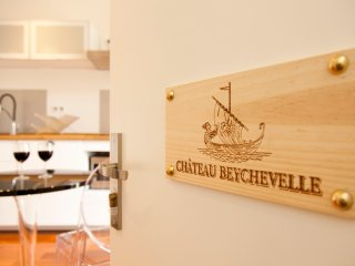 Appartement Château Beychevelle - Bordeaux vacation rentals