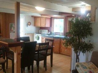 2 bedroom Cottage with Internet Access in Saint-Jean-Baptiste - Saint-Jean-Baptiste vacation rentals