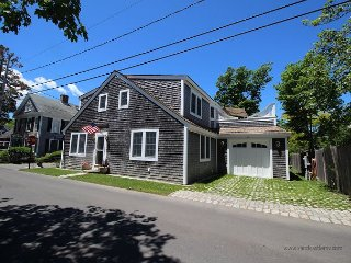 Wonderful Four Bedroom Home In-Town Edgartown - Edgartown vacation rentals