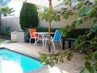 Furnished Fourways garden studio with gardens - Fourways vacation rentals