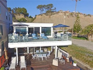 Modern Beach Condo on the Sand - Sleeps 6 to 12 (067U) - Dana Point vacation rentals