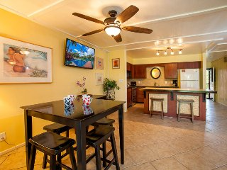 Spacious 1-bdrm w/ large lanai, AC, Steps to Pool! - Kihei vacation rentals