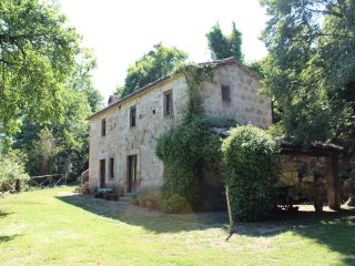 Nice 2 bedroom Cottage in Lubriano - Lubriano vacation rentals