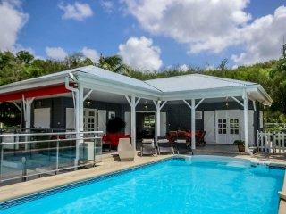 Superbe villa moderne, 2CH, piscine privée vue mer - Trois-Ilets vacation rentals