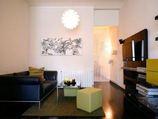 Spacious Sueño Miró apartment in Poblenou with WiFi, airconditioning (warm - Barcelona vacation rentals