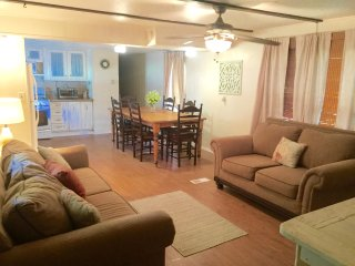Comfortable Caravan/mobile home with A/C and Satellite Or Cable TV - Kingston vacation rentals