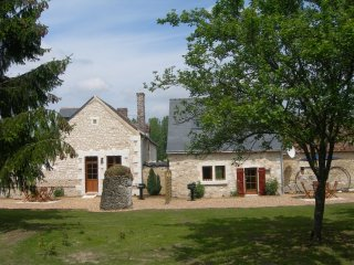 Luxury gite close to vineyards, chateaux and Le Mans - Vaas vacation rentals