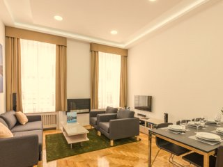 Cozy 3 bedroom House in Budapest with Internet Access - Budapest vacation rentals