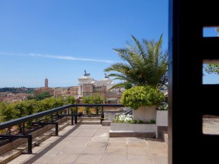 Rome Penthouse, Trevi Fountain, with Spectacular Terraces, 3 Brs, 2 Bath, A/C - Rome vacation rentals