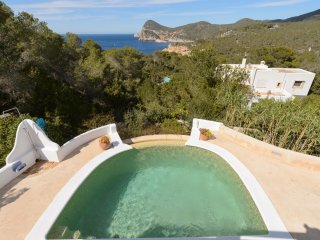 3 bedroom Villa with Internet Access in Cala Gracio - Cala Gracio vacation rentals