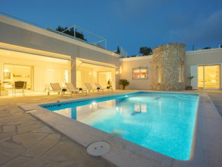 Spacious Villa with Internet Access and A/C - San Andres de Soria vacation rentals