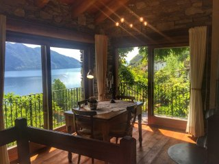 Nice House with Balcony and Water Views - Oggebbio vacation rentals