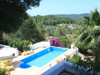 Comfortable 4 bedroom Sant Joan de Labritja Villa with Internet Access - Sant Joan de Labritja vacation rentals