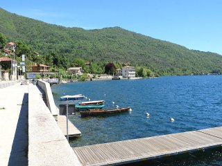 Charming Mergozzo vacation Condo with Balcony - Mergozzo vacation rentals