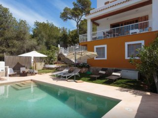 Comfortable Chalet in Ibiza Town with Internet Access, sleeps 6 - Ibiza Town vacation rentals