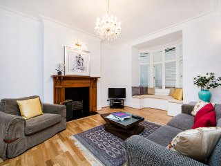 Spacious and contemporary basement apartment- Kensington - London vacation rentals
