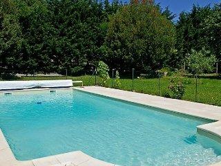 Beautiful 2 bedroom Vacation Rental in Gemozac - Gemozac vacation rentals