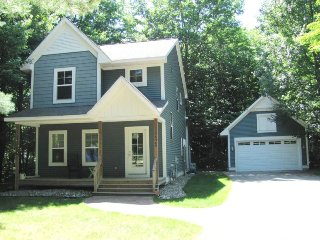 Perfect 3 bedroom South Haven House with A/C - South Haven vacation rentals