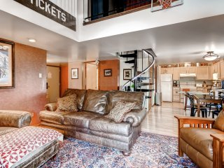 Book Today! For great Summer Rates. Cozy 3BR + Loft Condo w/Wifi, Mountain Views & Pool Access - Located in Champion on the Golf Course, Adjacent to Sevens Spring Ski Resort! - Champion vacation rentals