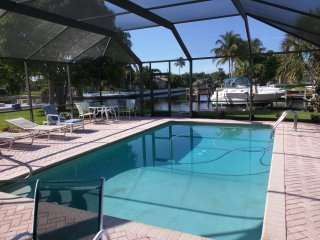 2 Bedroom Salt Pool Home on Intersecting Canal 2 - Cape Coral vacation rentals