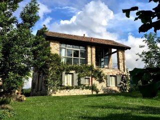 Un fienile del 1700: fascino, comfort, paesaggio - Piozzano vacation rentals