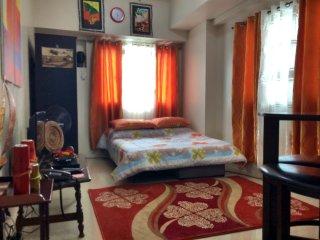 Cozy Room , wifi, 10 minutes Greenbelt - Makati vacation rentals