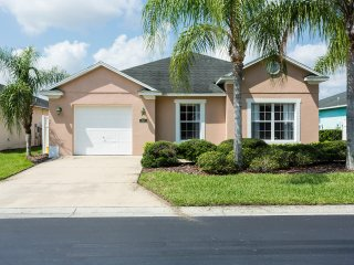 Perfect Villa with Internet Access and A/C - Davenport vacation rentals