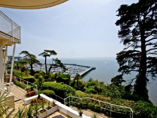 Dartmouth, Bay Fort Mansions located in Torquay, Devon - Torquay vacation rentals