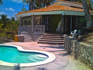 Beach Front/Surf in Front/Very Private/Large - Puerto de la Libertad vacation rentals