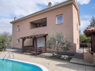 07706 Beautiful studio with pool - Pinezici vacation rentals