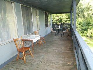 Hitchcock's Hidaway Millgrove/ Warburton - Millgrove vacation rentals