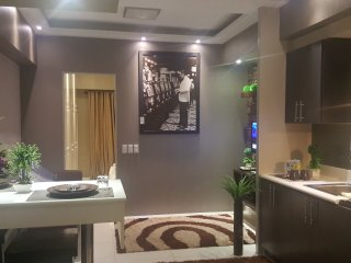 1 Bedroom, in the heart of Makati Business Center - Makati vacation rentals