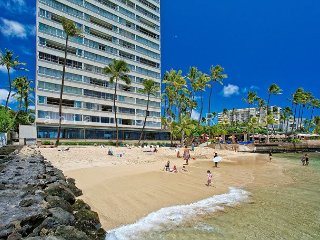 On the beach at Diamond Head, Quiet End of Waikiki, with Swimming Beach! - Waikiki vacation rentals