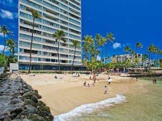 On the beach at Diamond Head - Swimming beach - Waikiki vacation rentals