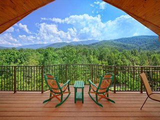 Enjoy the views from this Brand New romantic 1 bedroom Cabin! - Gatlinburg vacation rentals