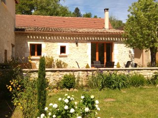 The Chai at Le Clos du Verger, Bergerac, - Maurens vacation rentals