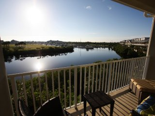 Rent the largest 2 bed townhome with lake views! - Ruskin vacation rentals
