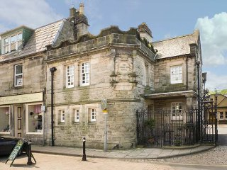 THOMAS HOPE LODGE, semi-detached, Grade B listed, WiFi, in Langholm, Ref 932202 - Langholm vacation rentals